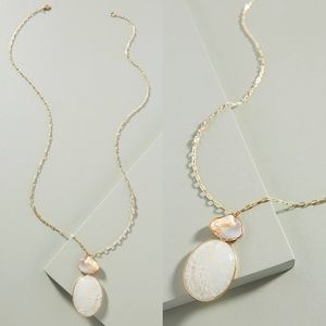 NWT ANTHROPOLOGIE Rivulet Pearl Pendant Necklace